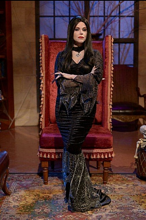 morticia-stand-up